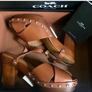 {Coach} 🆕 BNWB Studded Platform Sandals